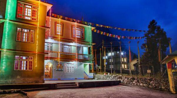 Golden Fish Hotel Lachung