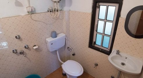 OurGuest Traditional Rural Homestay washroom