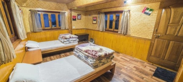 Room 2.1 OurGuest Rinzing Homestay Lachen