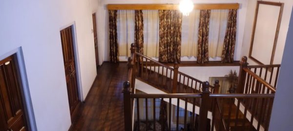 Upper Hallway, Private Pool Homestay near Pakyong Airport