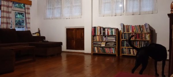 Library, Private Pool Homestay near Pakyong Airport