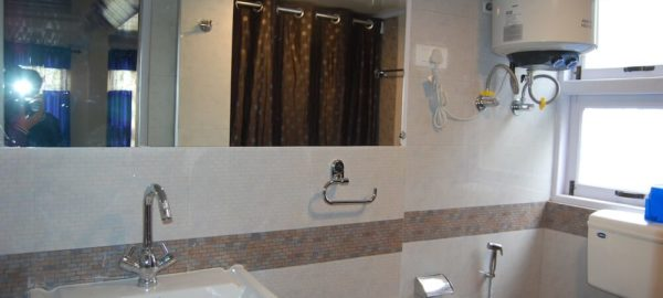 Washroom, Standard Room, OurGuest Arithang Homestay, sikkim homestay, homestay in gangtok