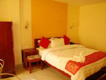 Deluxe Room 1, OurGuest Arithang Homestay, homestay near mg marg, OurGuest
