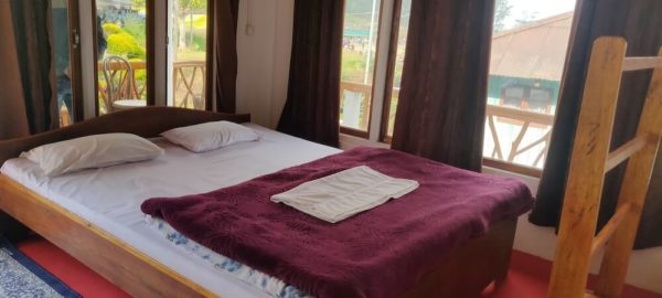 Room 4, OurGuest Country Retreat, clean linen in homestay, OurGuest